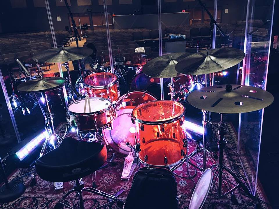 pearl-drums-eman-emmanuel-cervantes-drumming-drumset-how-to-get-hired-in-la-andy-grammar-180-drums-meinl-cymbals-cymbal-acrylic-red-los-angeles-gig-work-church-sunday-seat