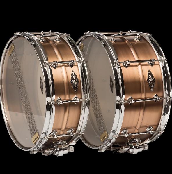 craviotto-brass-maple-shells-solid-shell-snare-drum-stave-maple-walnut-poplar-birch-mahogany-santa-cruz-california-drums-drummers-johnny-nashville-huge-drumkit-drumset-brass-14-8-5-snaredrum-adrian-kirchler