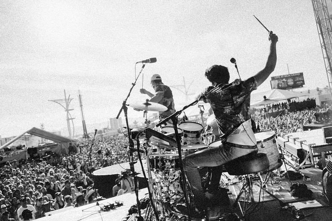 joshua-sales-sam-hunt-180-drums-podcast-interview-zildjian-craviotto-evans-drums-drummer-drumheads-drum-remo