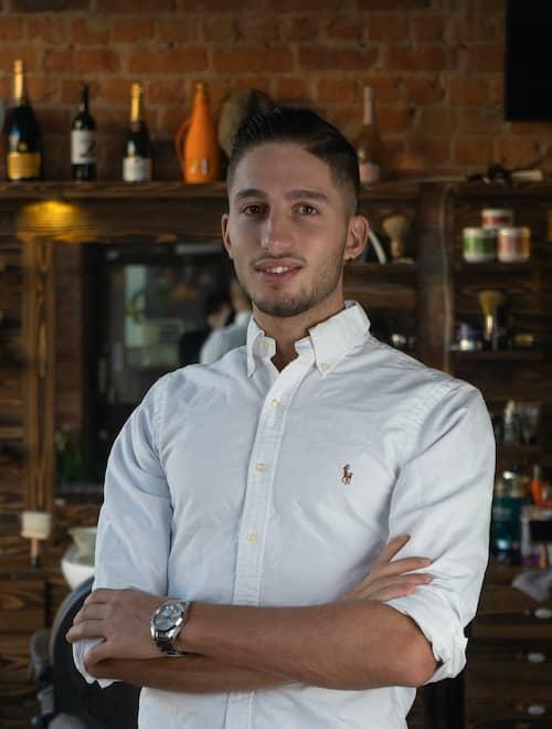 Bild på Alex; fade master på Teymur Barbershop.