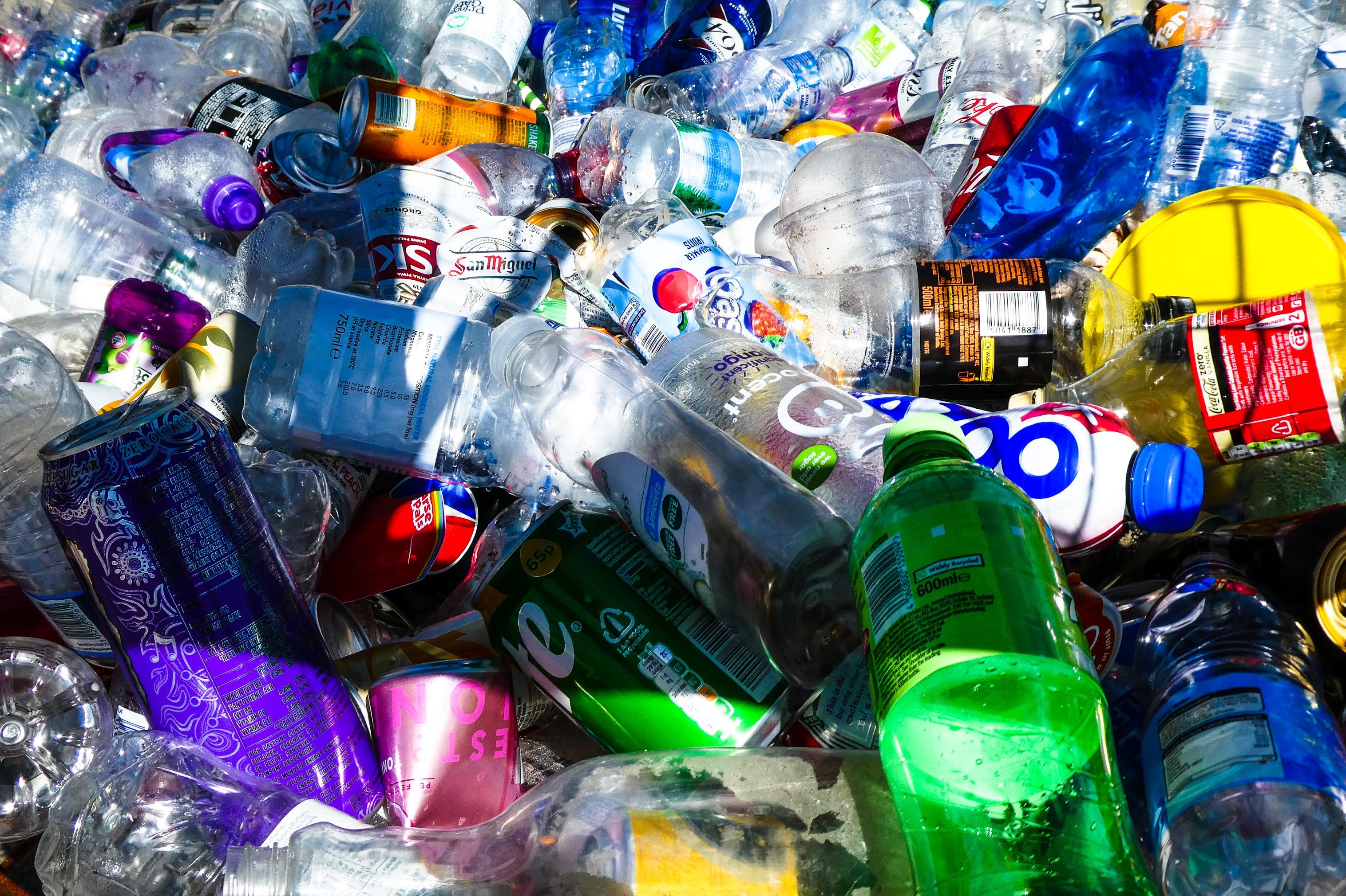 Reciclagem do plástico, um drama da nossa geração