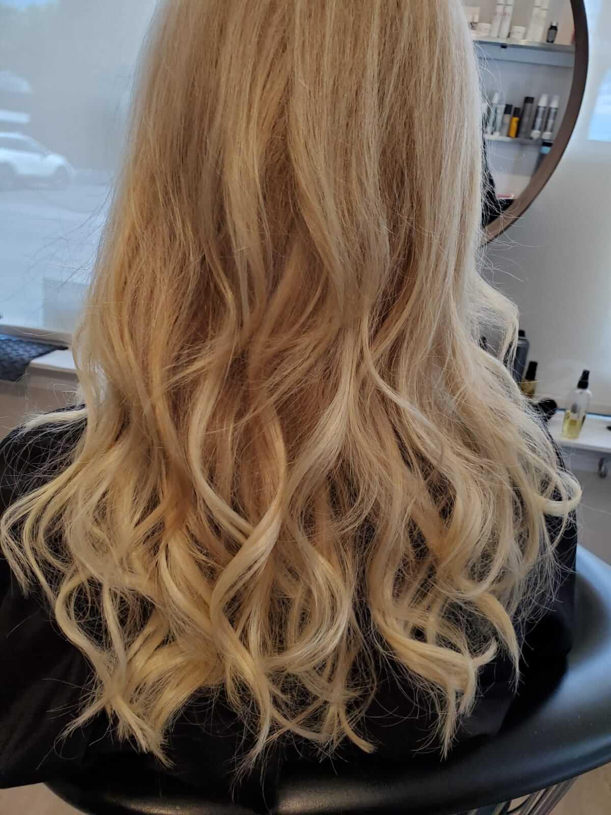 Woman's hair style