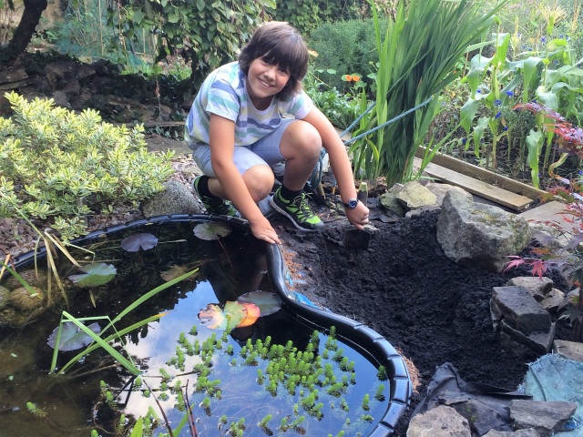 Green Fingered George loves ponds!