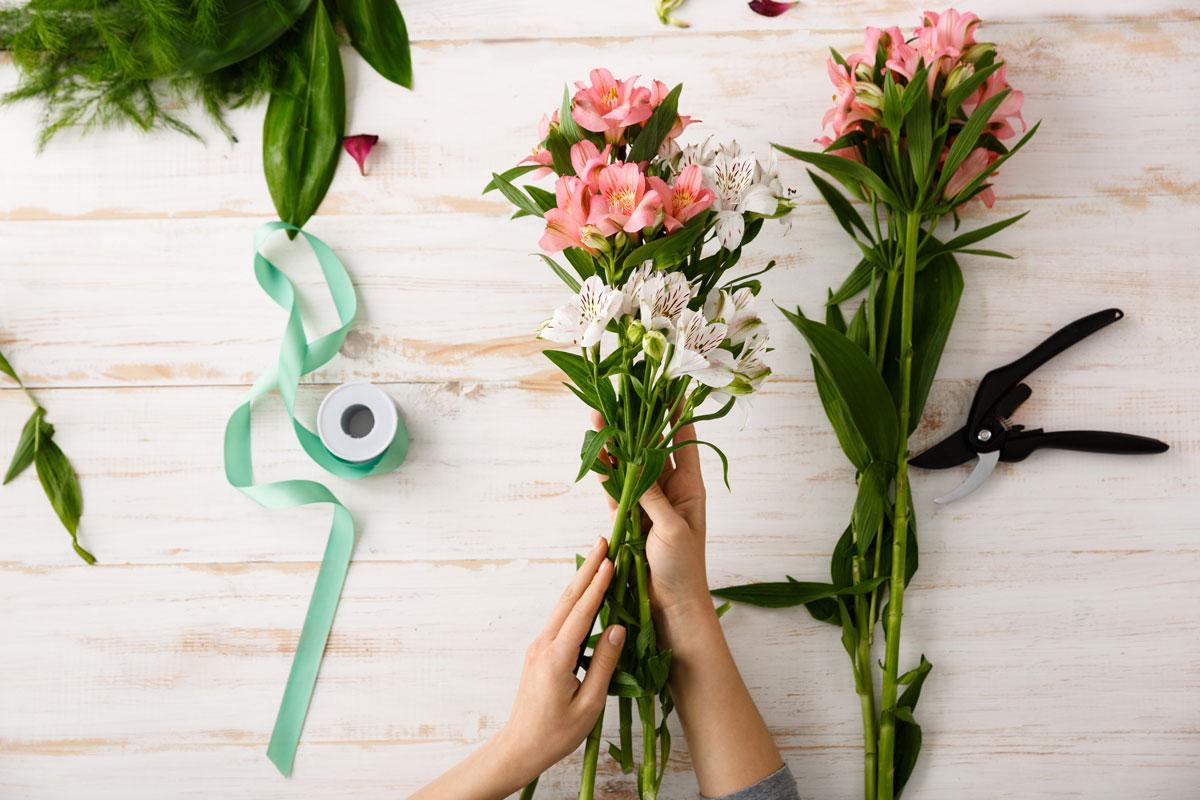 Priprema cvetnih dekoracija - Davidovac Flower Studio