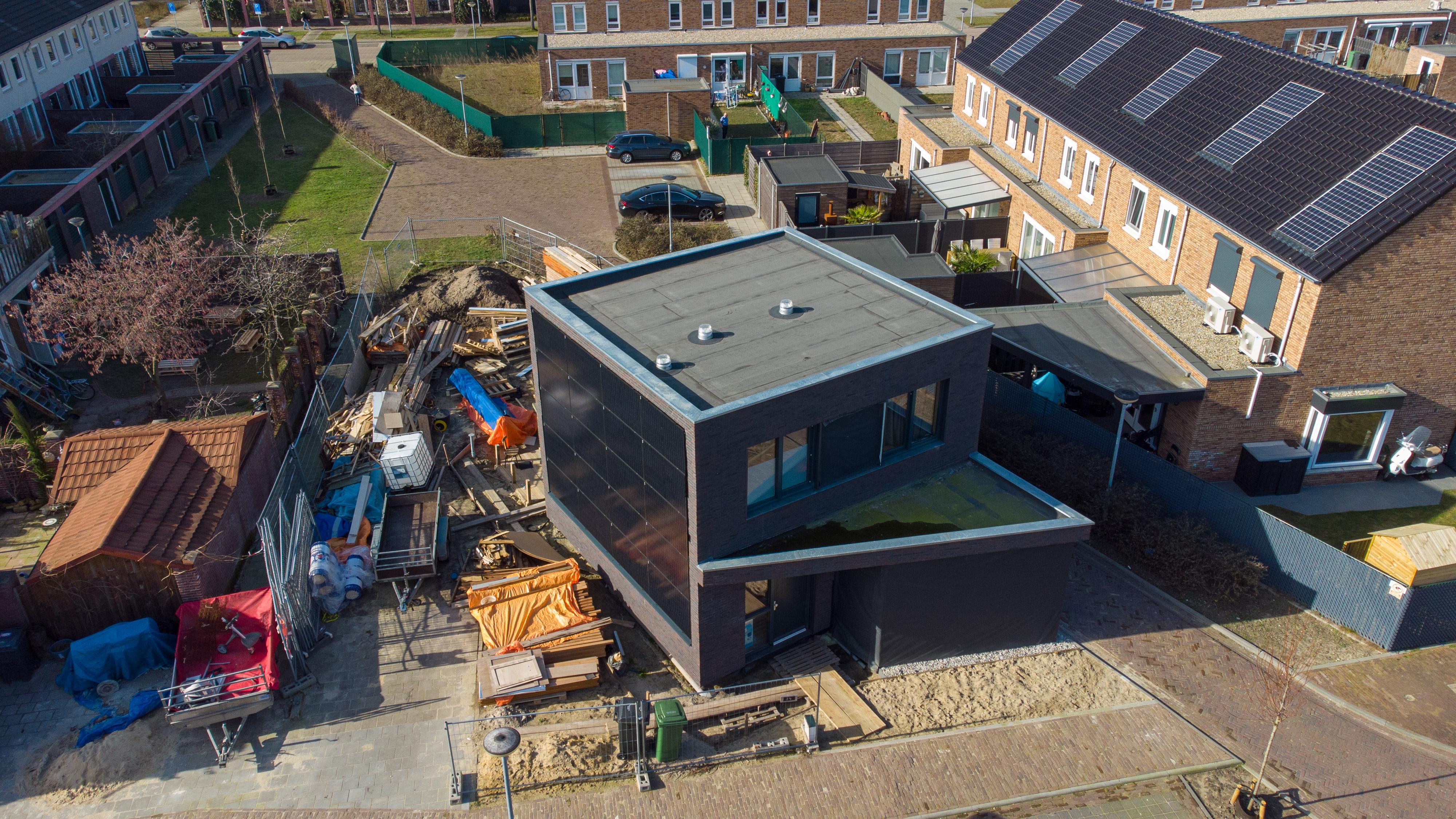 Energieneutrale vrijstaande woning gebouwd met massief hout bouw