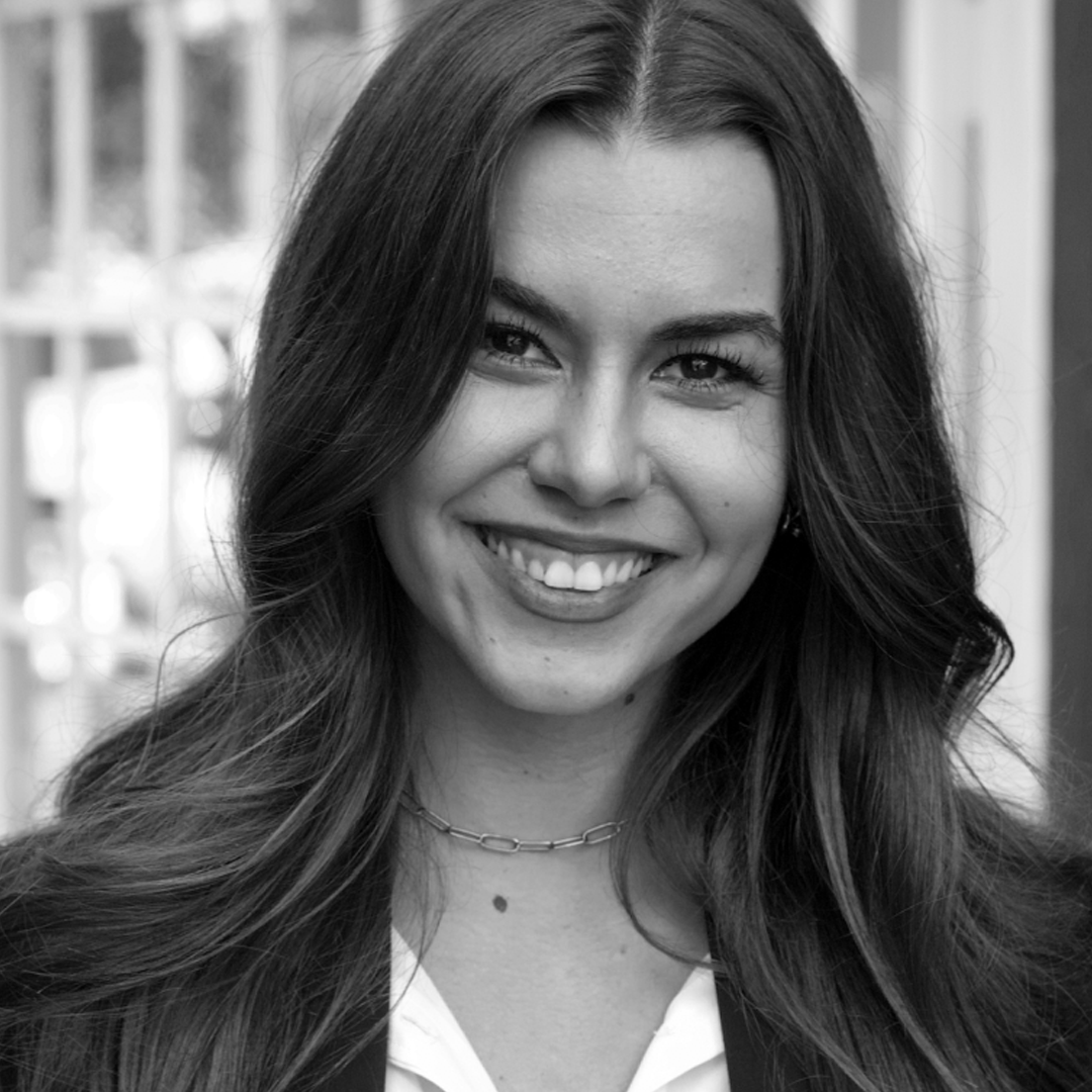 Julia Palescu | Principal