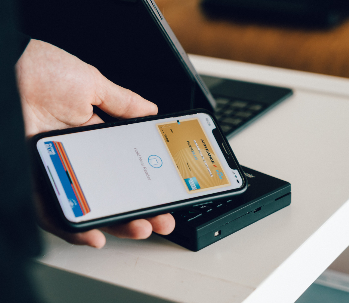 Credit  card terminal with apple pay