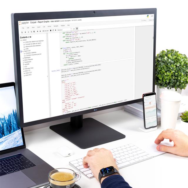Analyse des données sur ordinateur et affichage sur smartphone