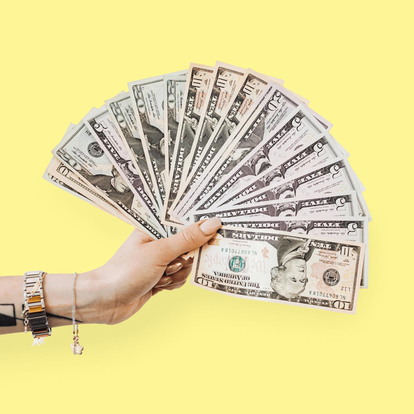 Які надходження вважаються доходом підприємця ФОП на єдиному податку?