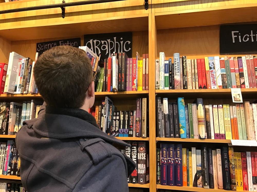 Isaac_Lien_Bookshelf.png