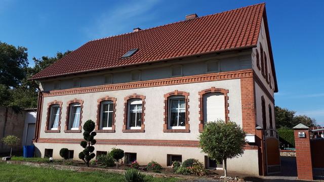 Großes Einfamilienhaus mit 6 Zimmern in Groß Ammensleben