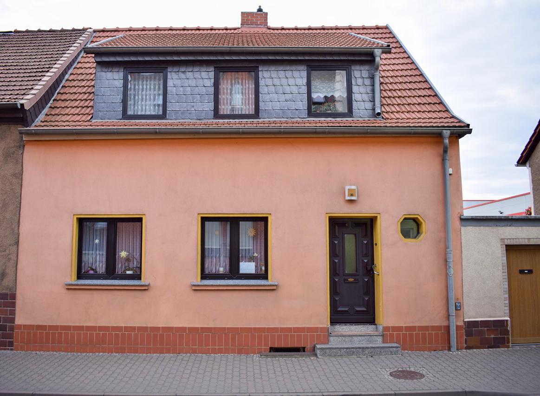 +++ RESERVIERT+++ Schönes Haus mit kleinem Garten in Zentrumsnähe von Aschersleben