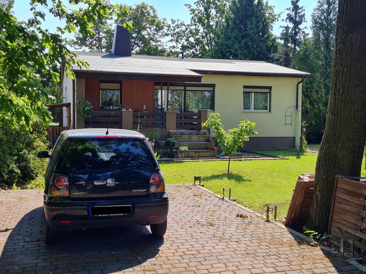 +++ RERSERVIERT +++ Bungalow mit schönem Grundstück in Magdeburg - Berliner Chaussee