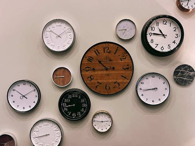 Image of clocks on the wall