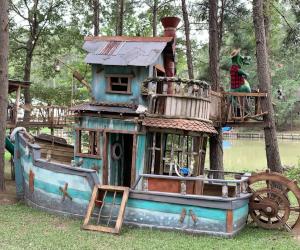 Tugboat Treehouse