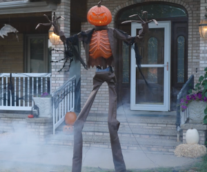 8ft Animated Scarecrow Pumpkin