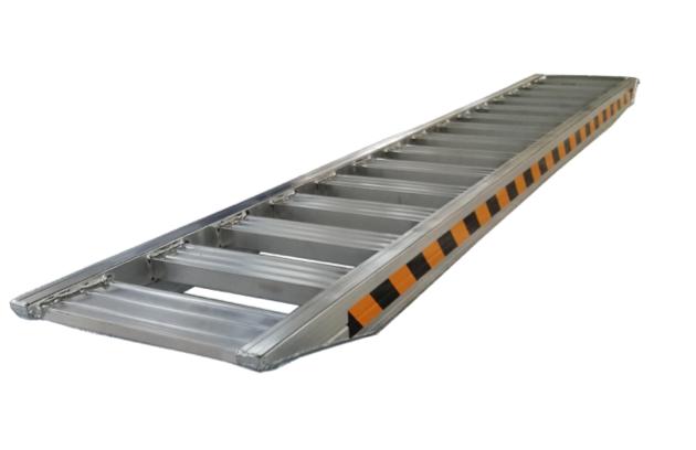Rampa di alluminio aperta