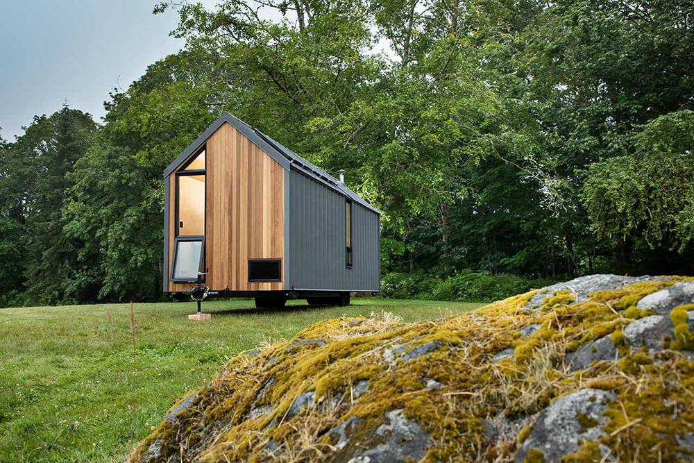 American Portable Cabin as Dwelling on Wheels