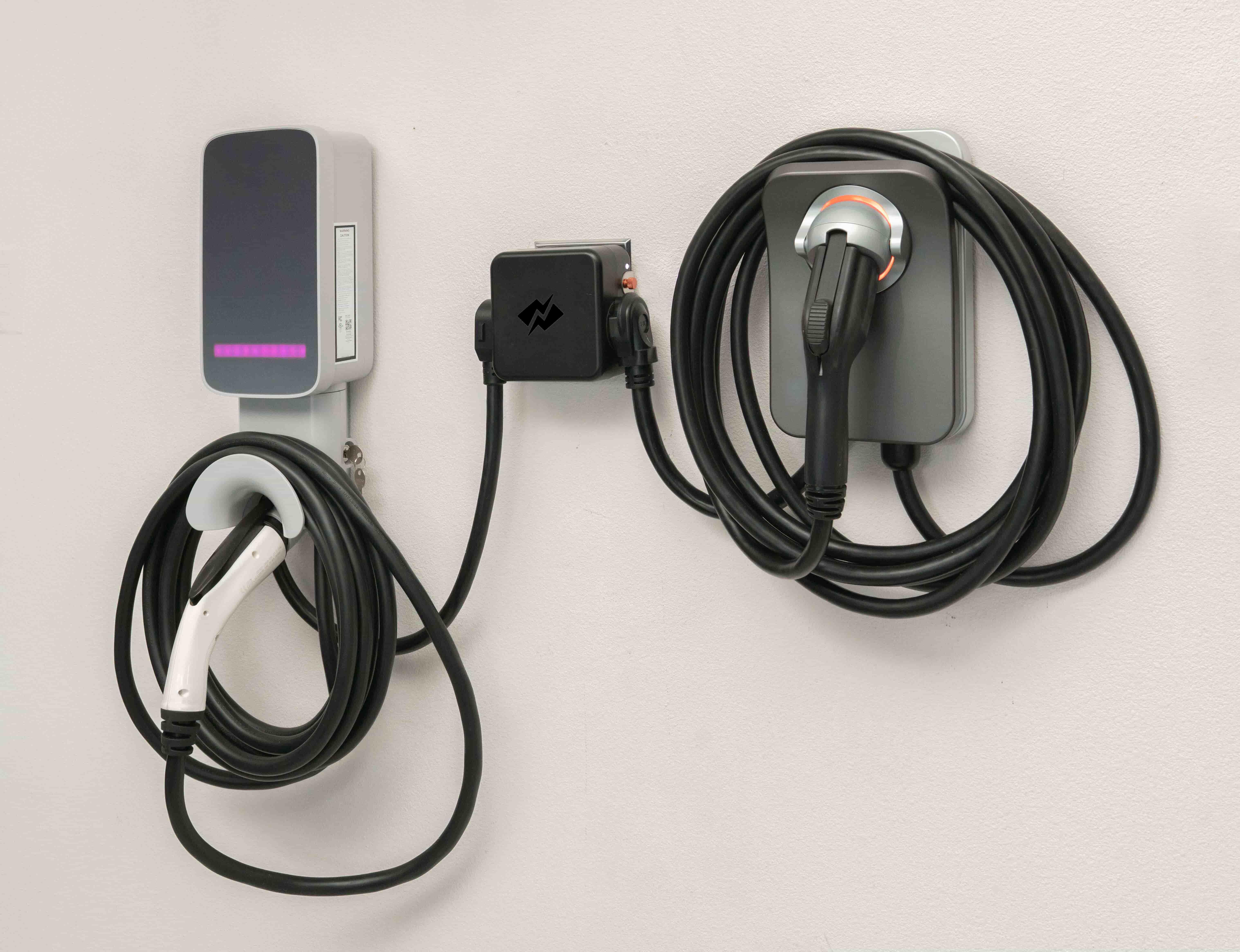 NeoCharge Dual Car Smart Splitter
