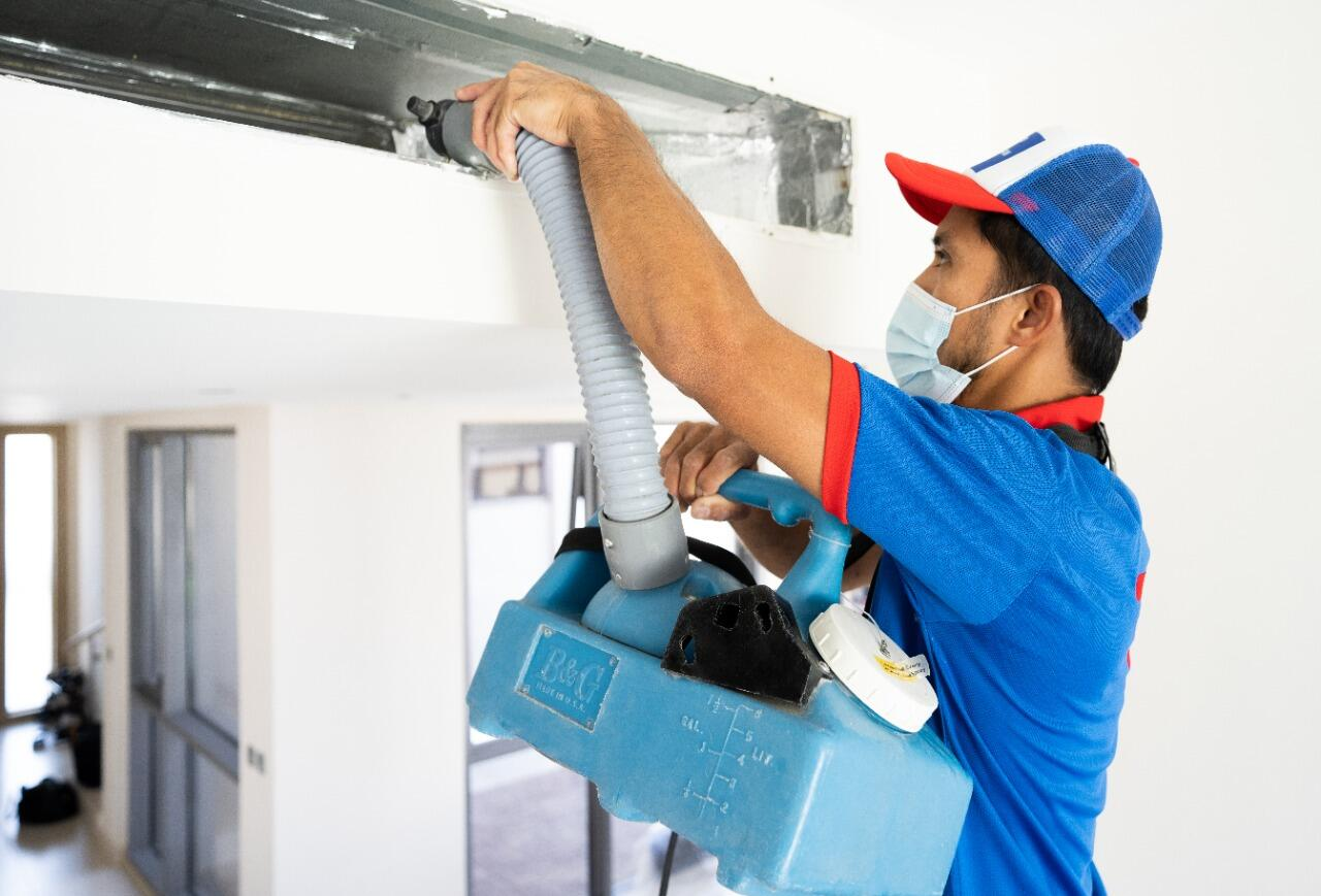 AC cleaning and sanitization Dubai