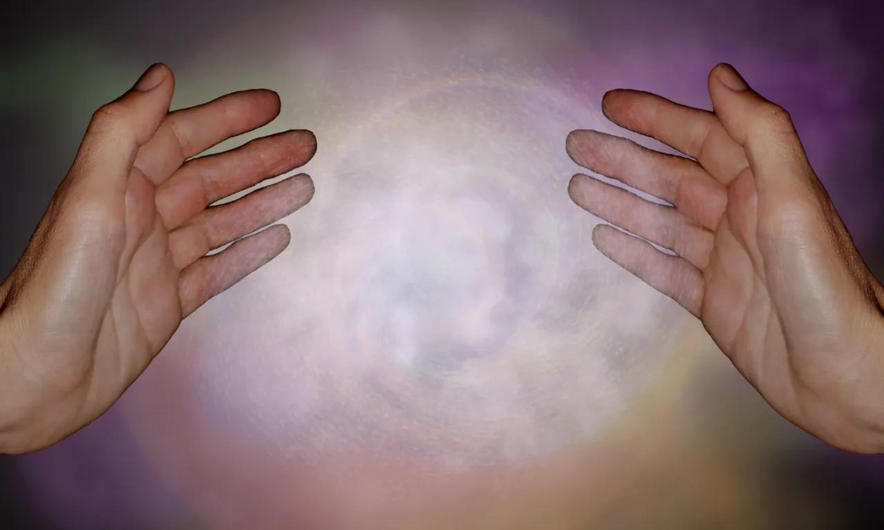 Reiki consiste na canalização da Energia Universal Cósmica ou Vital através das mãos para gerar imediatamente um estado de harmonização...