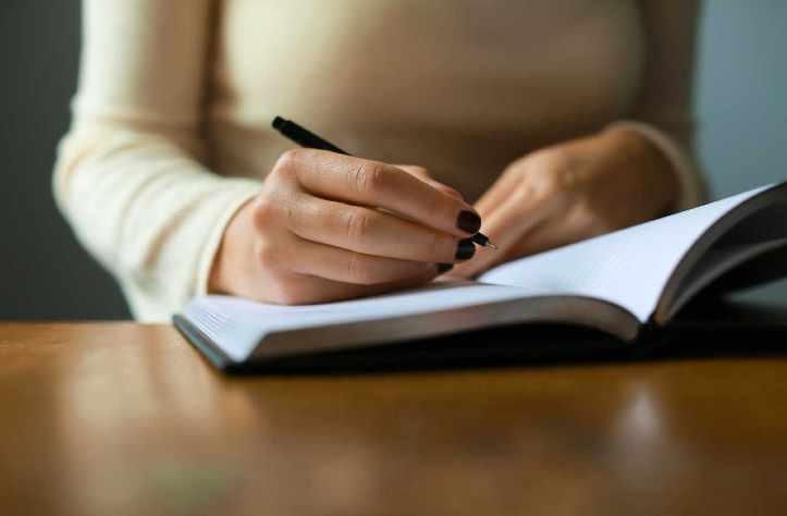 A escrita é uma transmissão, porventura até Visualização...