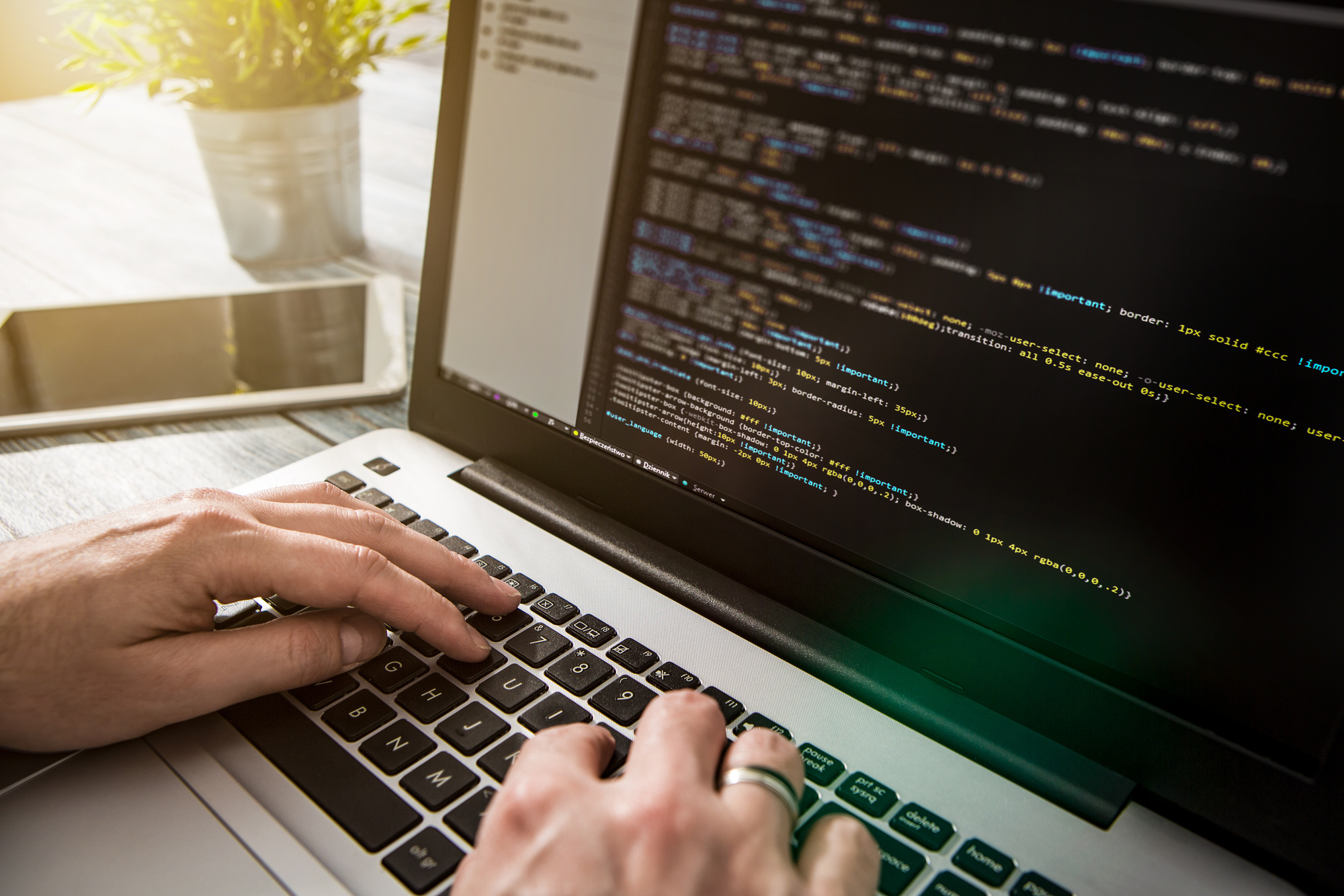 Everything you need to know about becoming a freelance coder