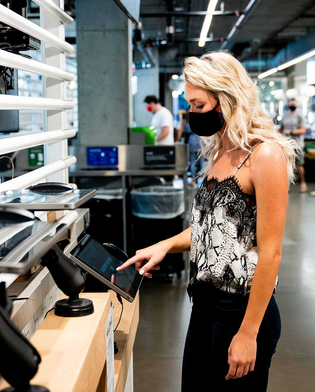 Women with mask placing order