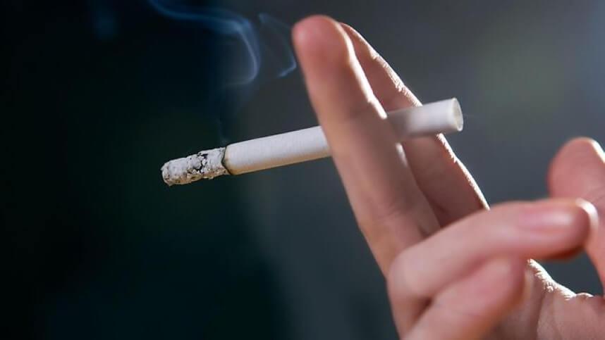 Thuốc lá có thể khiến phụ nữ vô sinh