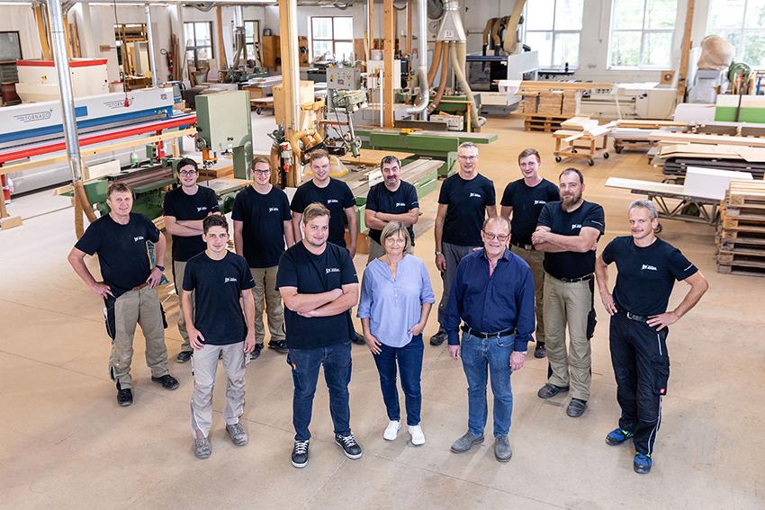 Das gesamte Team der Schreinerei Angel aus Deiningen (Donau-Ries, Bayern)
