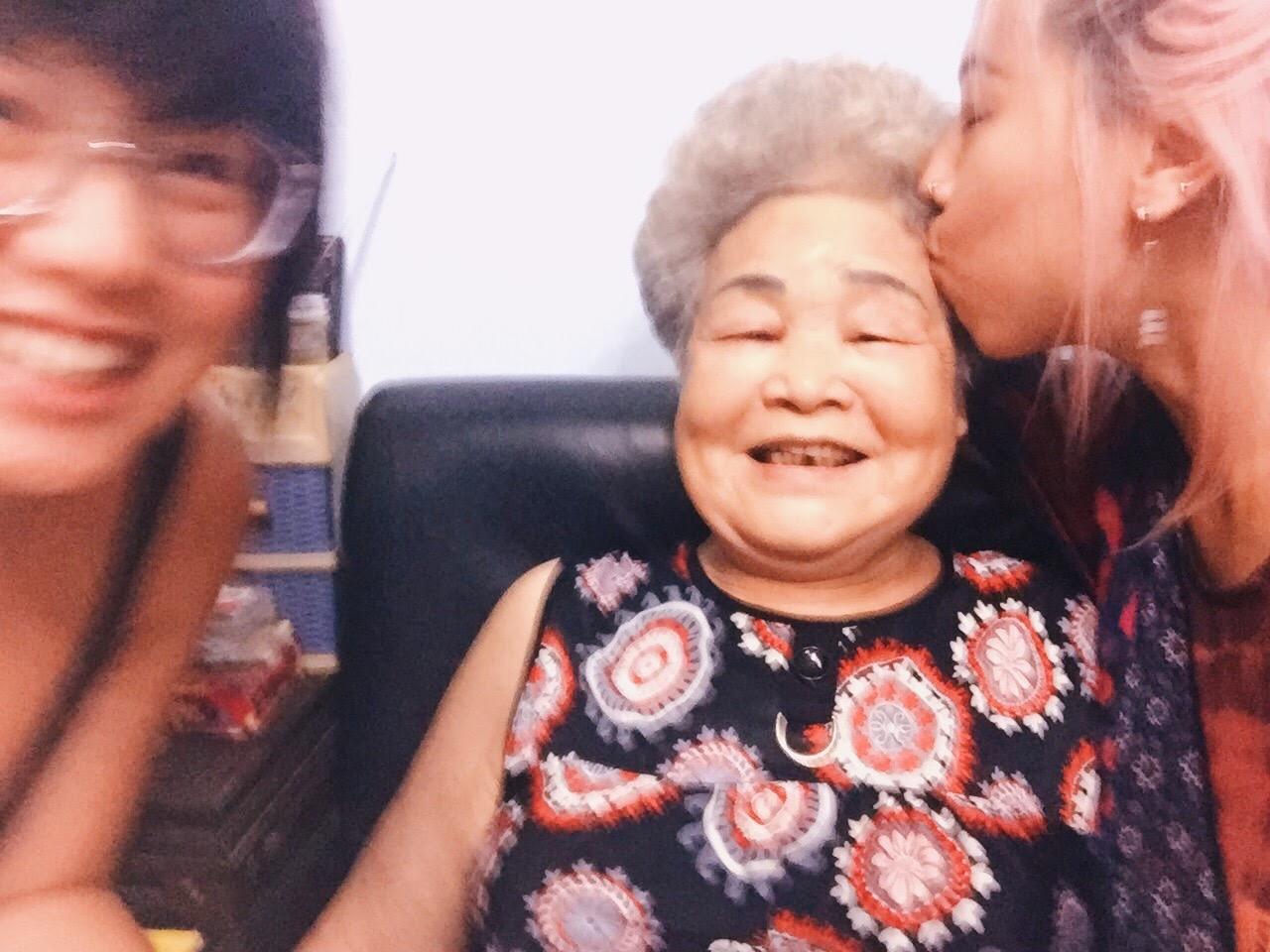 Jun's sister and maternal grandmother.