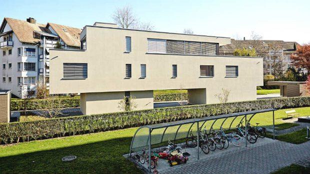 Im schweizerischen Zug sitzen Buterin und seine Mitstreiter in diesem Bau, der einer Architektenvilla gleicht