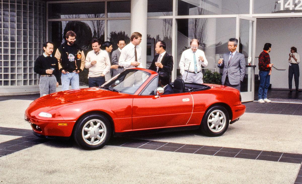 Presentación Mazda MX-5 NA 1989