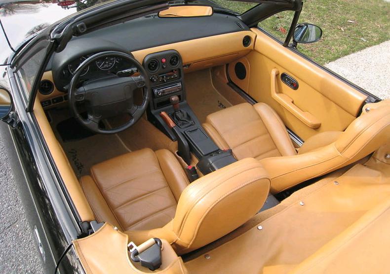 Interior Mazda MX-5 SE
