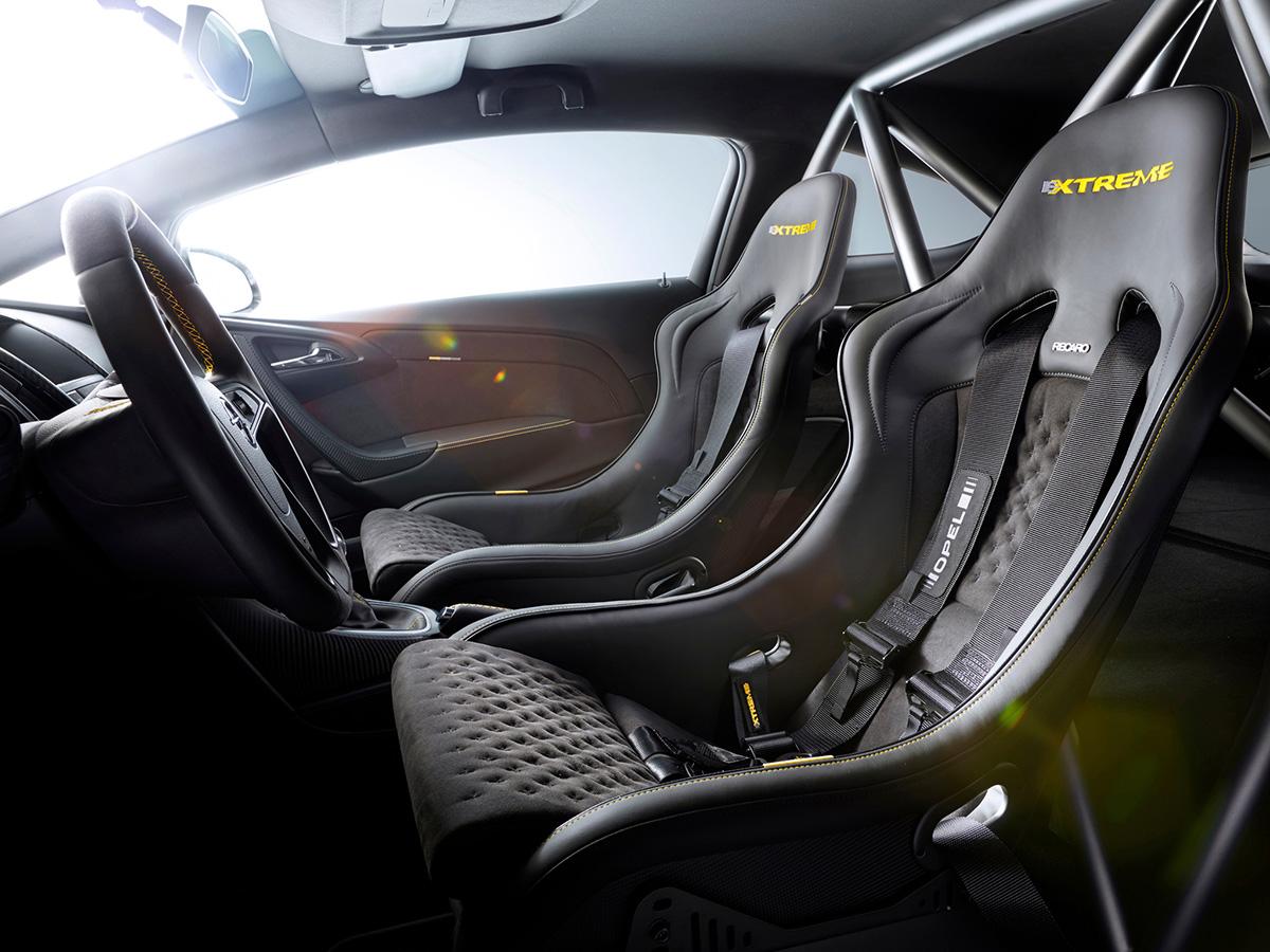 Interior Opel Astra OPC Extreme
