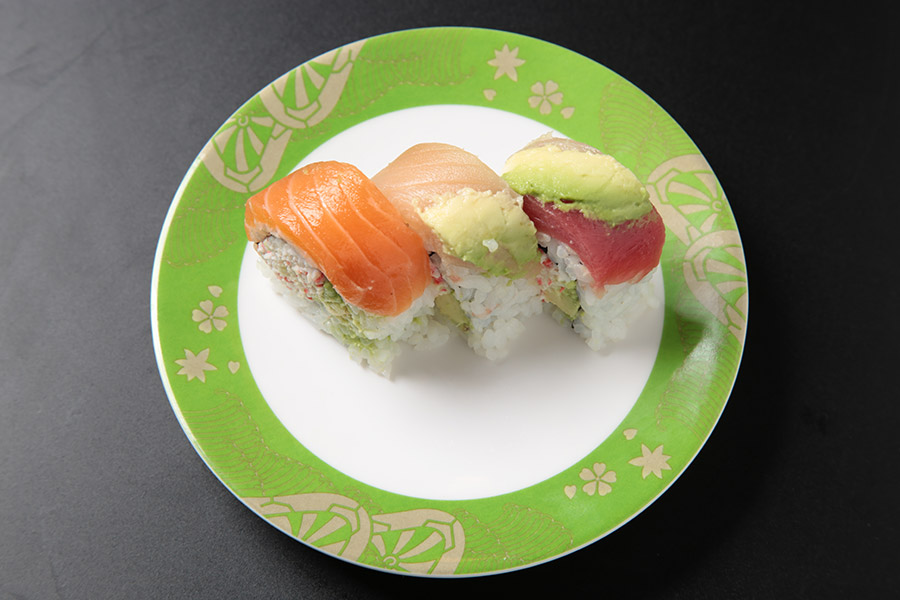 9pcs California roll wrapped with assorted fish