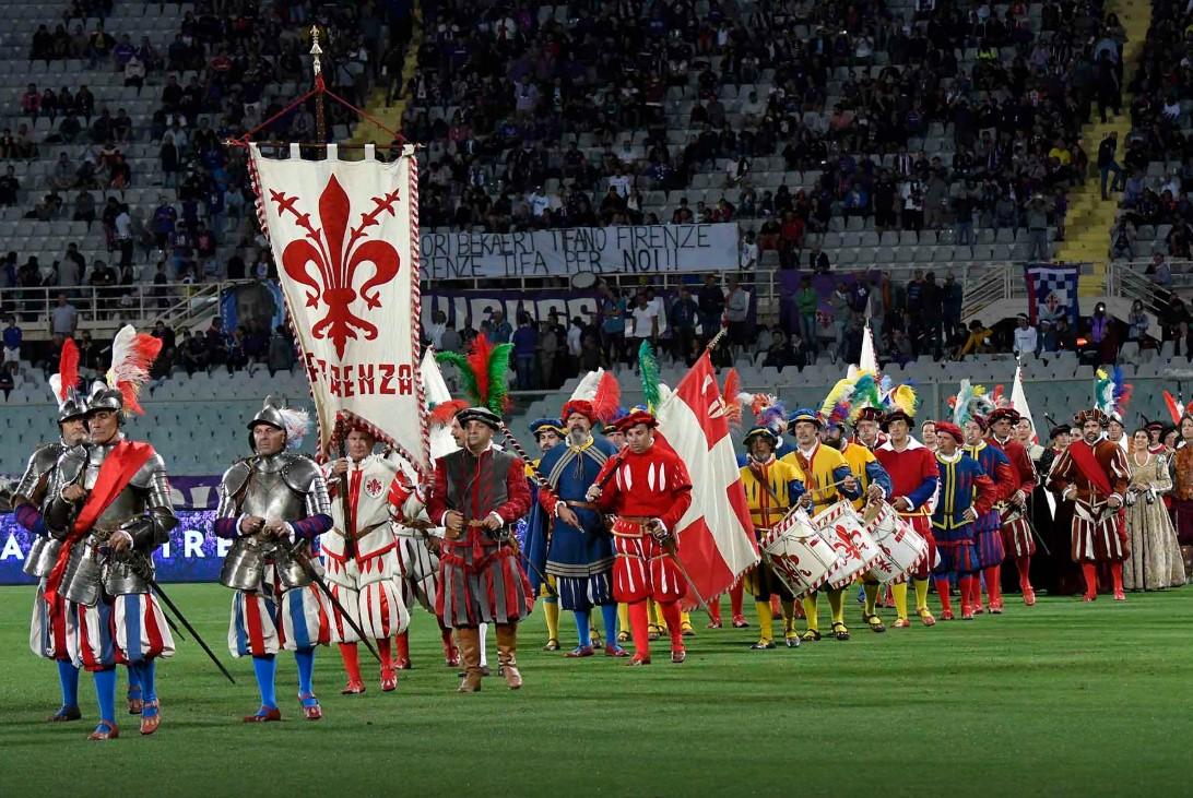 מפגן אבירים במשחקה של קבוצת פיורנטינה, פירנצה