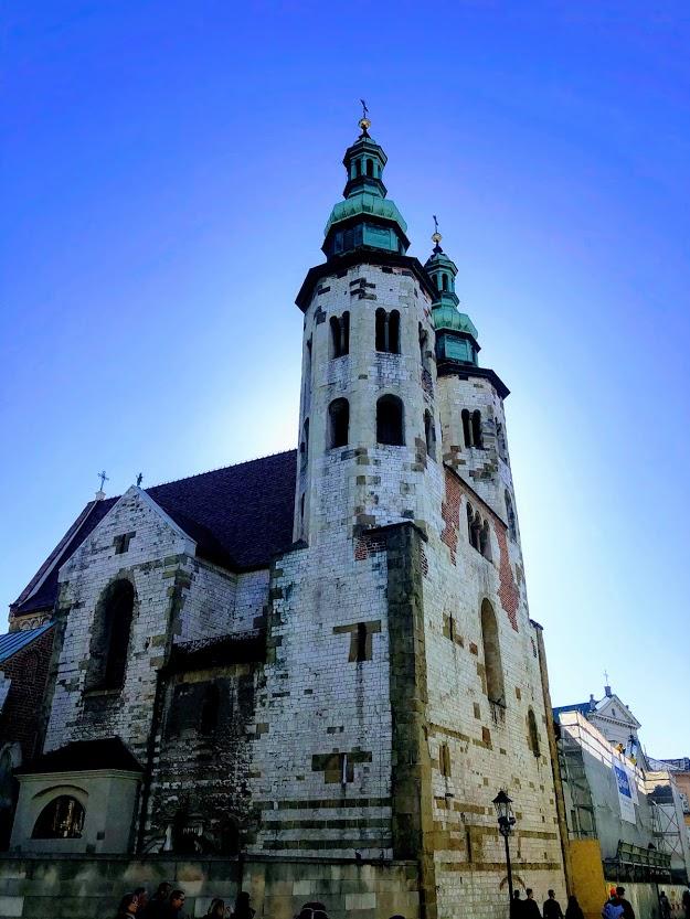 כנסיה בעיר העתיקה בקרקוב