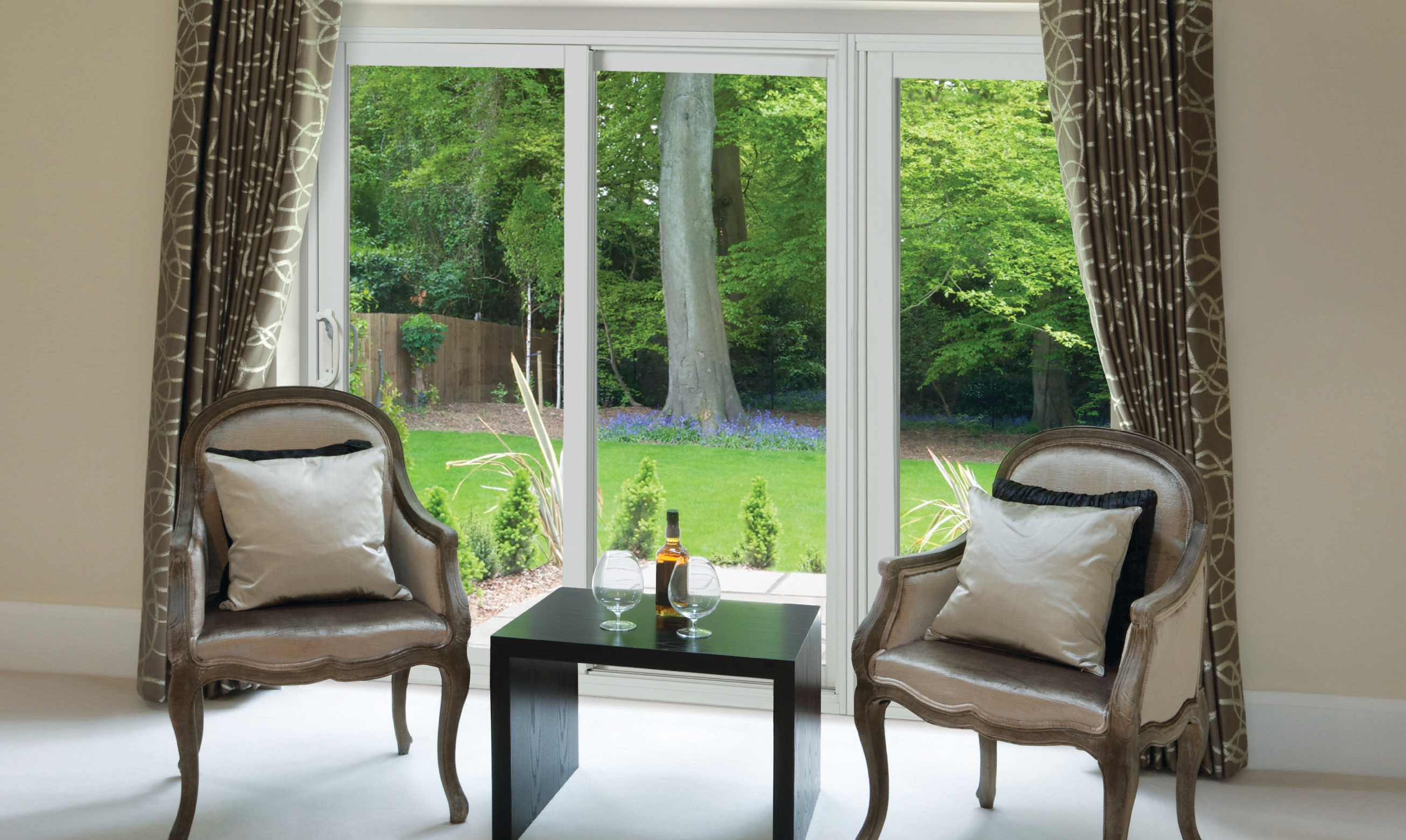 The Victorian Vinyl Sliding door - high quality systems with simple solutions.