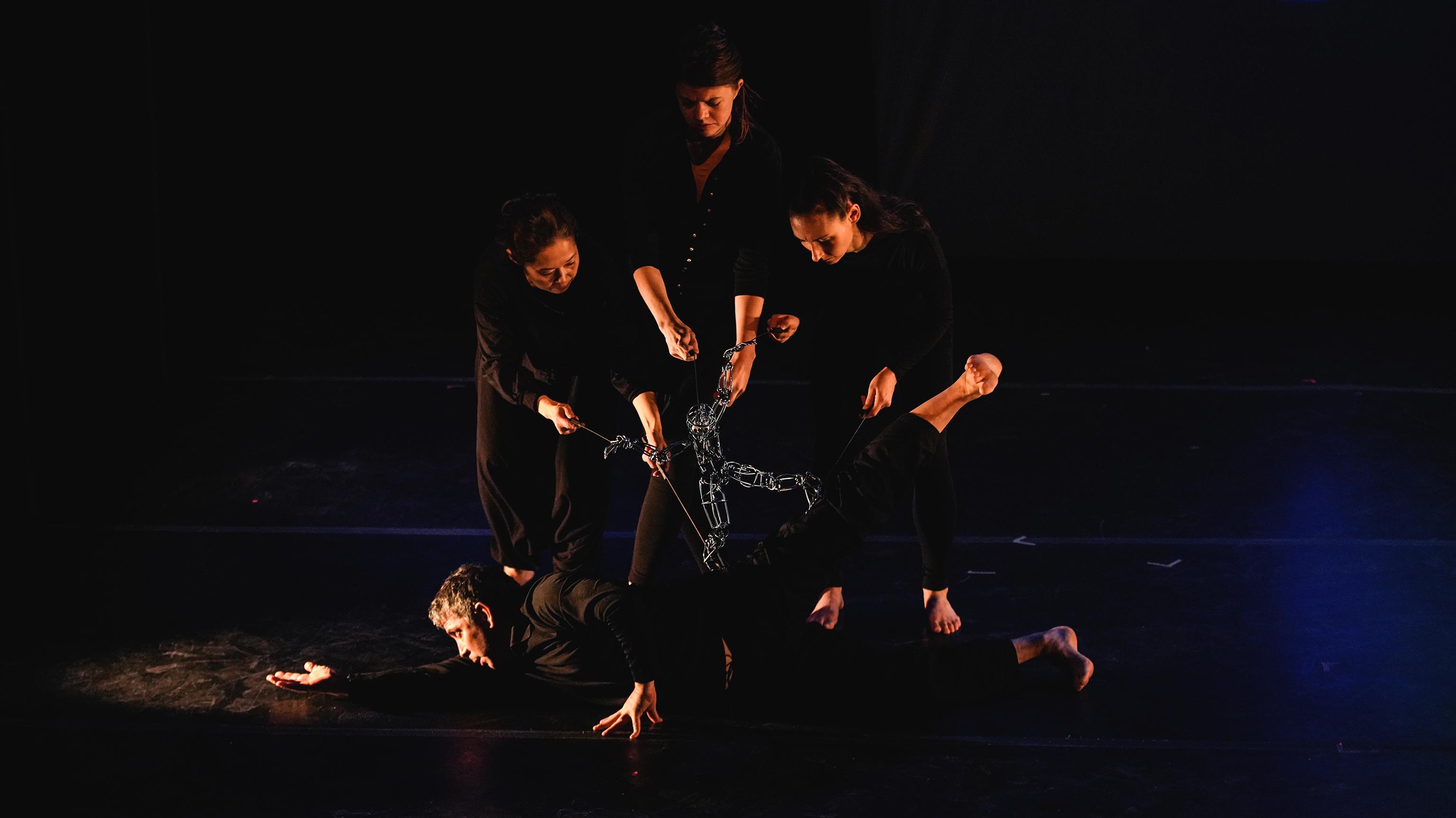 Loco7 Dance Puppet Theatre Company at La MaMa