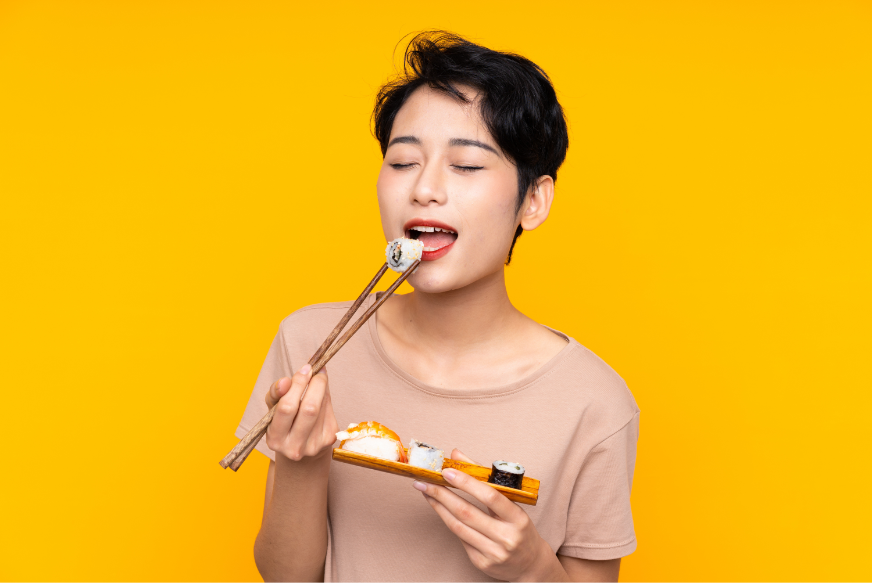 Nutritionist-Singapore-Food-Sensitivity-Testing-Sheeba-The-NutritionistFood-Lady-Enjoying-Food