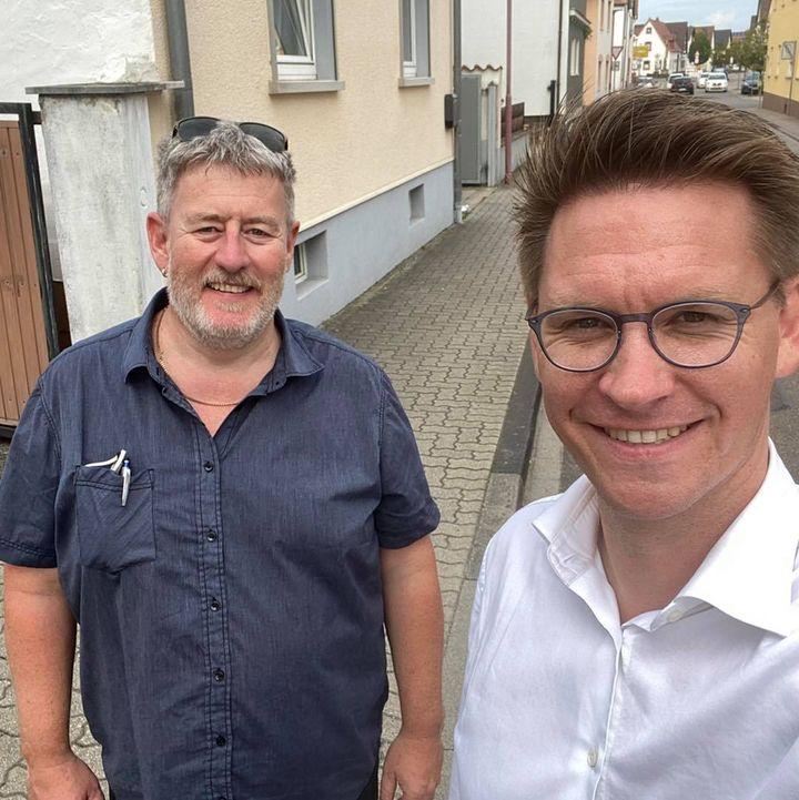 Danke an Harald Löffler in Harthausen und Irmgard Ball in Hanhofen, die mich bei meinen Haustürbesuchen begleitet haben.