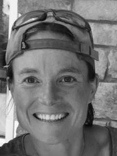 A headshot of Julia Fliss.