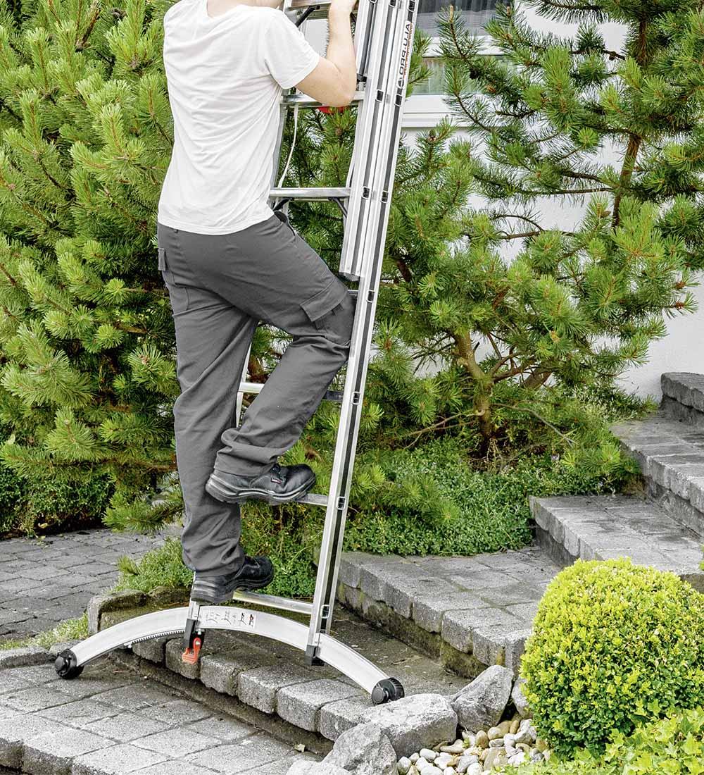Hymer 7024724 smart base on steps