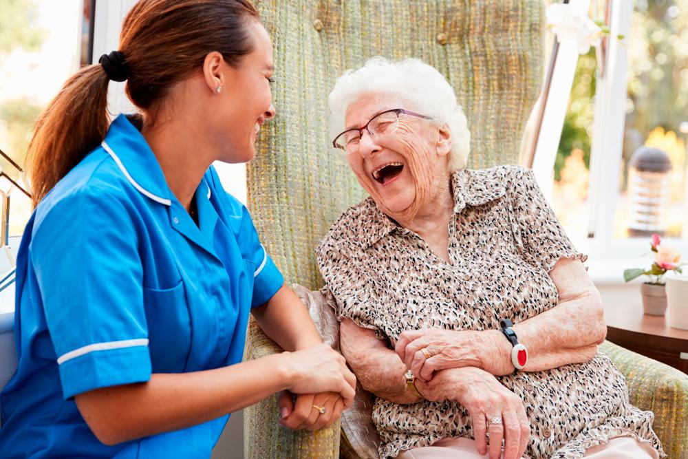 Lice doctors for senior homes