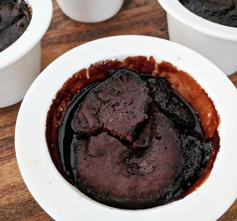 Easy Self-saucing Pudding