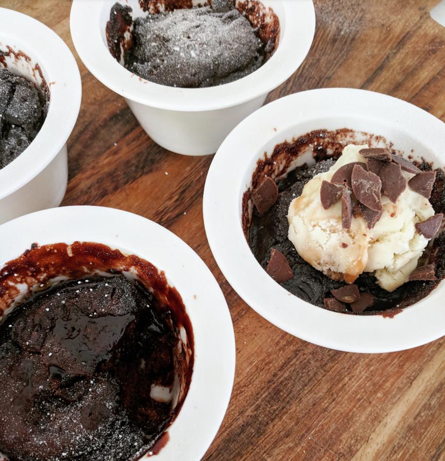 Self-saucing Pudding