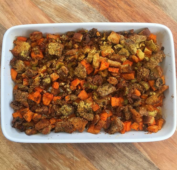 Vegan Stuffing Thanksgiving