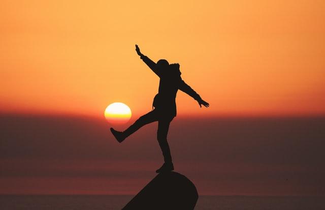 De vez en cuando me paro a pensar en si habrá algo para toda la vida.No creo en los infinitos.