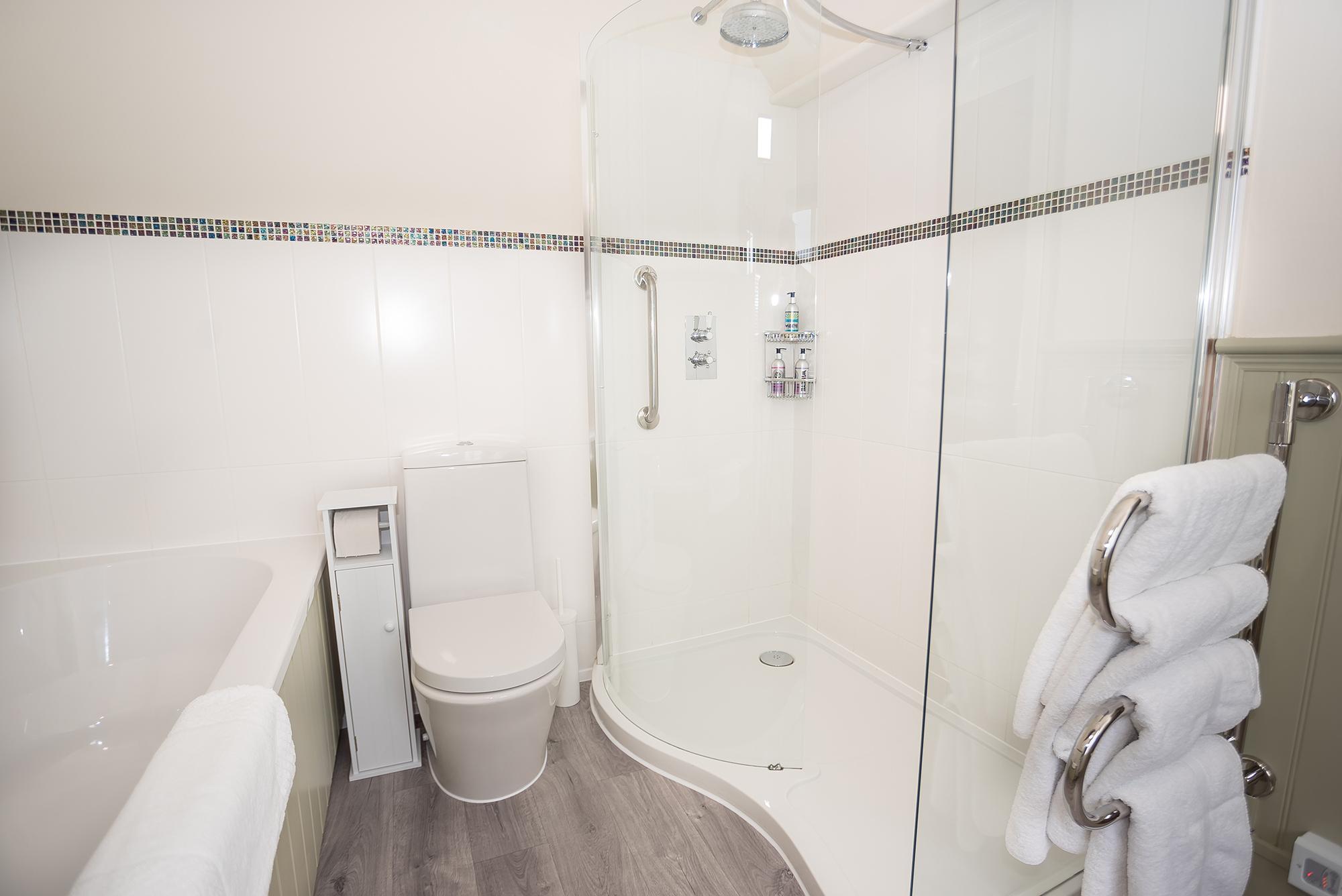 2nd bath room view
